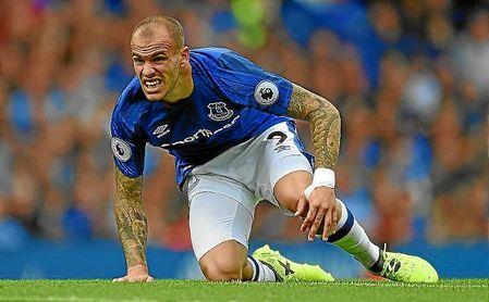 La aventura de Sandro en el Everton está cerca de terminarse.