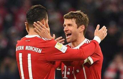 Lewandowski y Thomas Müller remontan al Werder Bremen
