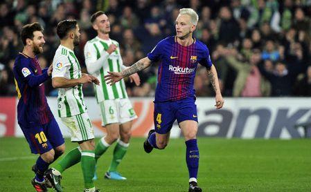 Real Betis 0-5 Barcelona: Un castillo de naipes con una hora de vida