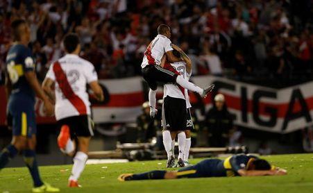 Con tanto de Santos Borré, River se quedó con el superclásico del verano