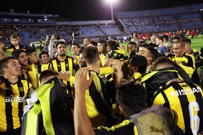 Peñarol gana el clásico amistoso y avisa al Nacional para la Supercopa