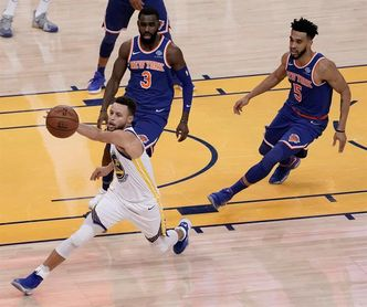 123-112. Curry surge imparable en el tercer periodo y ganan Warriors