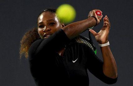 Serena Williams vuelve a la competición en la Copa Federación