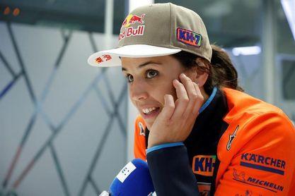 """Laia Sanz: """"Echábamos de menos un Dakar así"""""""