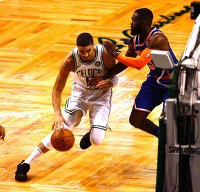 103-73. Rozier sustituye a Irving con triple-doble; Celtics arrollan a Knicks