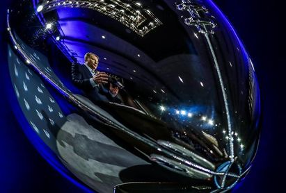 Goodell desoye las quejas de los jugadores y la NFL firma un contrato millonario con Fox