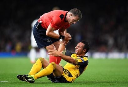 El Arsenal inscribe al lesionado Santi Cazorla en la Liga Europa