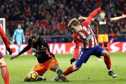 El Atlético de Madrid reaviva la lucha por el título