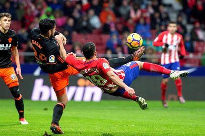Empate al descanso entre el Atlético y el Valencia (0-0)