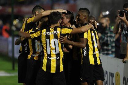 Nacional, Defensor y Peñarol ganan en la primera jornada del Apertura uruguayo