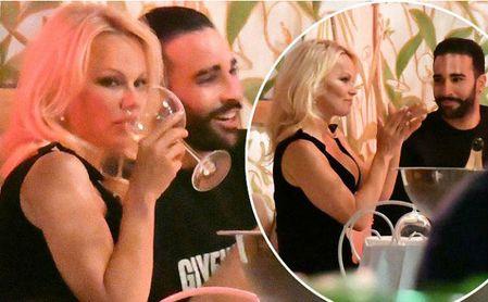 Pamela Anderson, el nuevo amor de Adil Rami