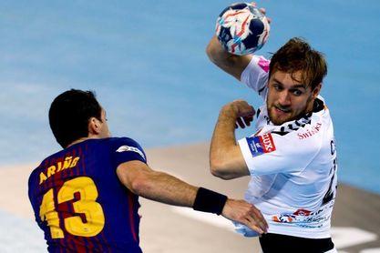 29-28. Un Barça aguerrido acaba con el invicto del campeón