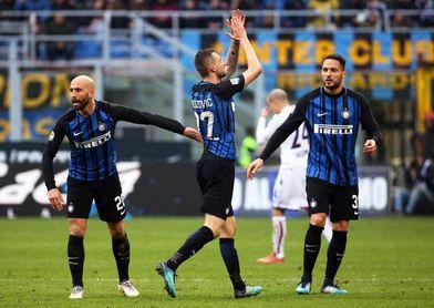 El Inter gana su primer partido de 2018; goles para Palacio, Laxalt y Barreto