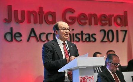 El Sevilla explica cómo cobrar el dividendo aprobado en la junta