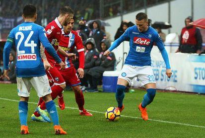 El Nápoles no falla y prolonga el pulso por el título con el Juventus