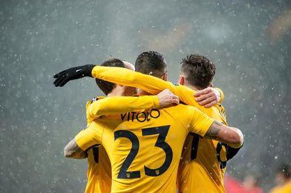Atlético, Arsenal y Milan, a sellar pase; Nápoles al borde del k.o.
