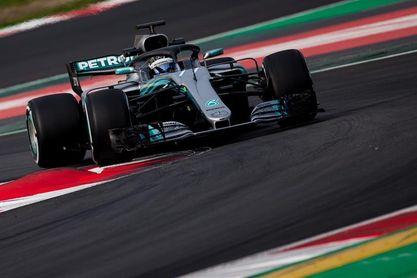 Los coches no descansan, y Mercedes y McLaren pelean por el mejor tiempo