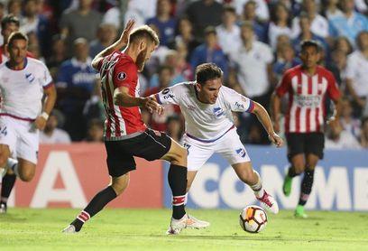 0-0. Estudiantes rescata un empate insulso ante el Nacional uruguayo