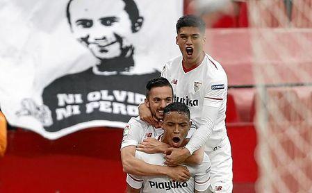 Muriel, tras fallar una ocasión clara, puso al Sevilla por delante.