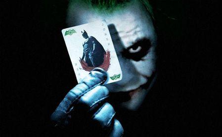 El pique Valencia-Betis en Twitter: Joker, Batman, corazones rotos...
