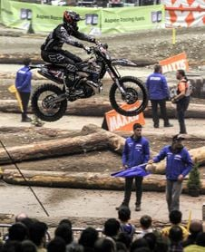 El polaco Taddy Blazusiak (KTM) gana el Gran Premio Euskadi de SuperEnduro