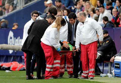 La mujer de Diego López agradece el apoyo del club y de la plantilla