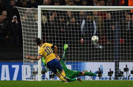 1-2. El Juventus da una lección de madurez a un impotente Tottenham