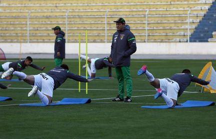 Bolivia convoca a cuatro ´extranjeros´ para enfrentar a Curazao en los amistosos