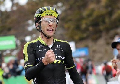 El británico Simon Yates se hace con la etapa y el liderato