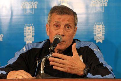 La selección uruguaya se enfrentará a Uzbekistán antes de partir al Mundial