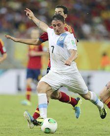 ´Cebolla´ Rodríguez y Guillermo Varela, convocados por Uruguay para la China Cup