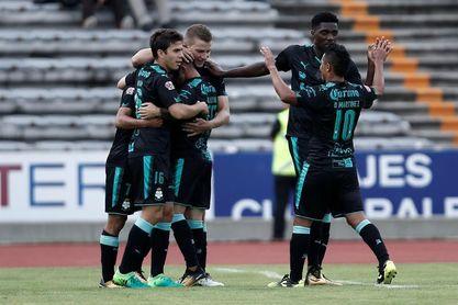El uruguayo Jonathan Rodríguez pone al Santos en semifinales de la Copa Mx