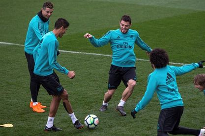 Ramos, Modric y Vallejo se ejercitan en el gimnasio