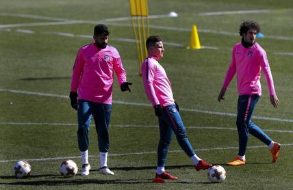 Diego Costa se entrena con normalidad y apunta a Villarreal