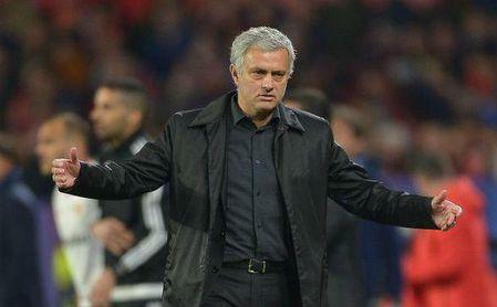 Éxodo masivo en el United si sigue Mourinho