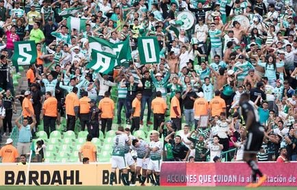 El Santos Laguna ratifica su liderato en el fútbol en México; Tavares sigue como goleador