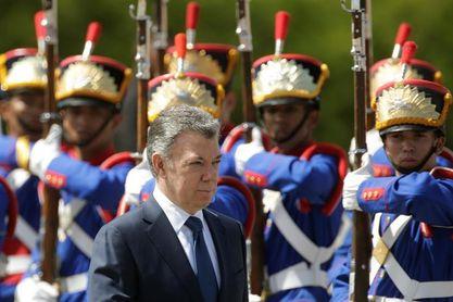 Santos espera que Colombia juegue con Brasil en Rusia y tenga más suerte