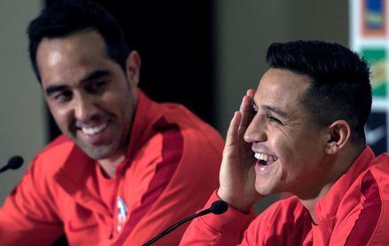 Alexis Sánchez niega un quiebre de la selección de Chile con Claudio Bravo