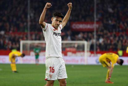 Jesús Navas incrementa la carga de trabajo para llegar al Barça y al Bayern
