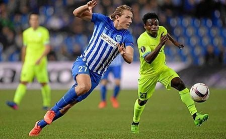 Sander Berge, en un partido con el Genk belga.