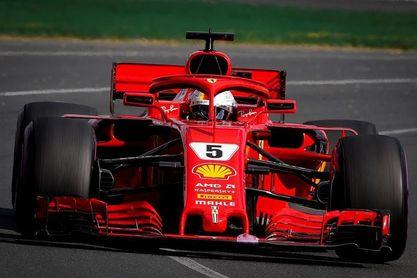 Vettel se alía con las circunstancias para ganar en Australia