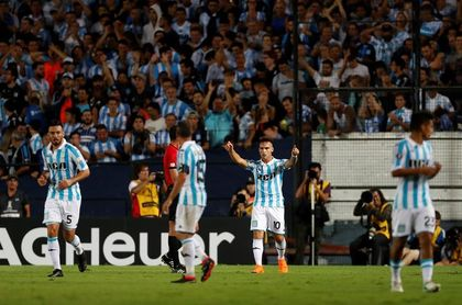 Racing empató con Belgrano y no se pudo acercar más al líder Boca Juniors