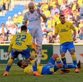 Ximo Navarro, baja por acumulación de tarjetas para visitar al Levante