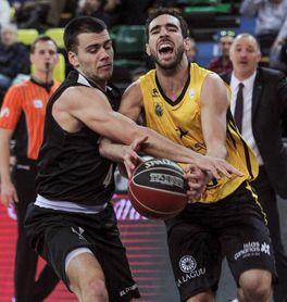67-74. El Tenerife gana en Miribilla y complica la vida al Bilbao Basket