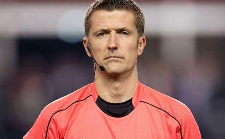 El italiano Orsato, árbitro del Sevilla-Bayern