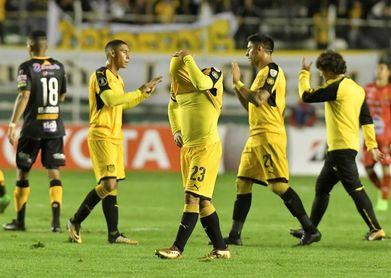Torque logra su primer triunfo en Primera e impide a Peñarol llegar a la cima