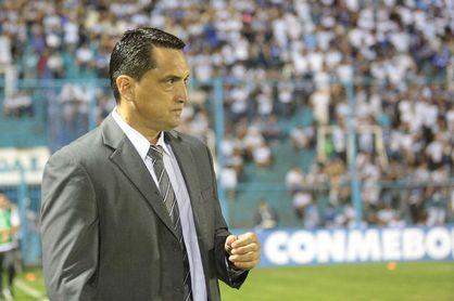 """Bobadilla espera """"un lindo partido, de ida y vuelta"""" contra The Strongest"""
