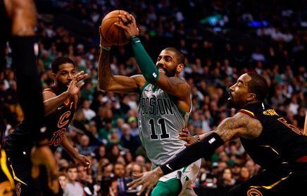 Irving será operado de la rodilla izquierda y no jugará más con los Celtics