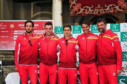 Nadal y Ferrer jugarán los individuales y en dobles Feliciano y Marc López