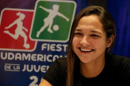 La venezolana Deyna Castellanos ve una fase final junto a Brasil, Colombia y Chile